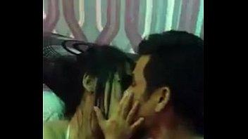 แอบถ่ายในห้องVIPxxxปาร์ตี้เรียกน้ำย่อยกับสาวคาราโอเกะ ในสามชายแดนภาคใต้ ดูดดื่มกันได้ใจ สงสัยมีต่อม่านรูดแน่นอน xxx thei