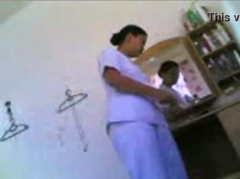 แอบถ่ายพยาบาลสาววัยทอง THAI18+ นัดเย็ดกับพนักงานเขตกทม. ที่ห้องพักในซอยสินแพทย์ เด้าหีคนแก่น้ำหีไหลพุ่งกระจาย