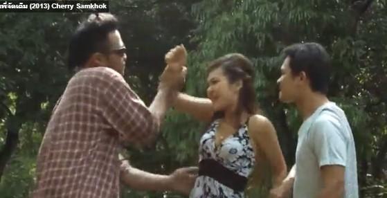 คลิบโป้ไทยย้อนยุค รุ่นพี่จัดเต็ม 2013 หนังโป้ไทยเรทหนังอาร์ยอดนิยม สมัย เชอรี่ สามโคก ถ่ายหนังxใหม่ ๆ 18+