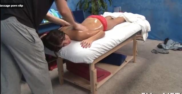 Massage Porn Clip ไฮโซสาวนวดสปาโดยหมอนวดชาย คุยกันถูกคอ เลยจัดไปสักดอก โดนท่าด็อกกี้ไปครางเสียวซะดังเลย