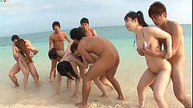 หนังxเซ็กหมู่ หนุ่มญี่ปุ่นขี้ปี้หนีเมียมาชวนเพื่อร่วมงานปาร์ตี้สลับเย็ดกันข้างทะเล เย็ดกันมั่วไปหมดถุงยางก็ไม่ใส่เย็ดกันสดๆ