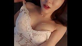 ดูแล้วไม่เงี่ยนให้ถีบ สาวเกาหลีนั่งเกาหีหน้ากล้อง หน้าตาน่ารักx น่าชัง นมไม่มีลงที่หีหมด