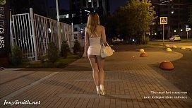 xxxxสาวไซ้ไลมาเดินขายหีข้างถนน หุ่นเอ็กเซ็กแตก กระโปรงก็สั้นเสมอหูเดินทีหีเบียดแตดแทบทะลุออกมา ขอเย็ดฟรีทีหนึงได้ไหม