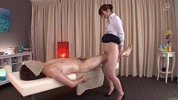 Massage HD ถ่ายฉากโป๊ที่ร้านสปาญี่ปุ่น เอาหีAVถูขาเพิ่มระดับควมเสียวก่อนจะนวดกระปู๋แบบถอดหมด