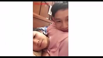 Watch Bigo Live น้องมุกสาวอ่างทอง โชว์เย็ดสดนอนตะแคงให้แฟนซั้มหีหน้ากล้อง ซอยหีถี่กระแทงแรงร้องครางเป็นเสียงไทย
