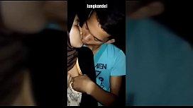 หนังโป้ใทยมุสลิมเย็ดกันแซ่บๆดูดปากแลกลิ้นล้วงนมบีบเค้นมันส์มือขึ้นขย่มนมกระเพื่อมตีหน้าจังๆ