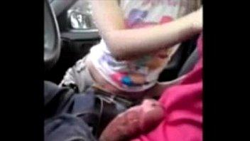 หนังโป้เมียน้อยโม้คควยให้ในรถถอกควยด้วยปากขึ้นสุดลงสุดเอาจนแตกในปากน้ำว่าวไหลเต็มกางเกง