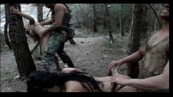 หนังโป๊ทหารxxxเย็ดสวิงกิ้งในป่ายืนเกาะต้นไม้เย็ดหีอย่างเสียวเจอควยทหารเข้าไปถึงกับหีฉีกเลยนะคะ