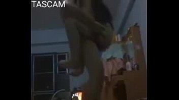 ตั้งกล้องเย็ดกัน camsex ผัวเมียคู่นี้เเม่งเย็ดกันมันส์ดีจริงทีเด็ดเย็ดท่าลิงอุ้มแตงเมียก็เอวดี๊ดีนั่งทับควยซอยหี ฉับๆๆ