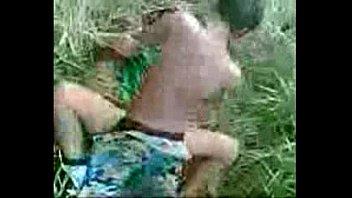 หลุดจากมือถือเพื่อนเด็กม.3เย็ดแฟนเด็กป.5 ในพงหญ้าให้เพื่อนถ่ายคลิปไว้ดูแม่งมีซูมหีให้ดูรูแตดกันชัดๆตอนน้ำแตกพุ้งเข้าหีbuzzfeed