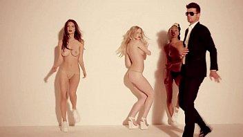 ที่สุดของเพลงสมัยใหม่ Porn Music Video แก้ผ้าถ่าย MV เรียกยอดคนดูแบบทะลุเป้า ลงทุนจ้างโคโยตี้ระดับดาวหน้ามาเต้นแก้ผ้าเลย