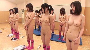 โรงเรียนสอนวิชาเพศศึกษา Pussy HD ให้นักเรียนหญิงแก้ผ้าช่วยตัวเอง นั่งเบิร์นหีใครน้ำหีไหลออกก่อนแสดงว่าผ่านเกรด4ไปเลย เสียงครางเสียงดังสนั่นห้องเสียวได้อีกคับ