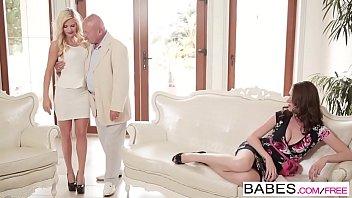 เมียหลวงปะทะเมียน้อยเพื่อแย่งควยแท่งเดียวกัน Babes Porn ยุติปัญหาด้วยการเย็ดพร้อมกันซะเลย สวิงกิ้งจัดเต็มคาเตียงอยากเจ็บหีก็แอ่นมา
