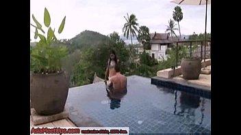 หลุดเมียเช่าฝรั่งแอบเล่นเสียวกันในสระน้ำของโรงแรม จับนมดูดปากแทบจะเย็ดกันอยู่แล้วดันลากกันไปเย็ดต่อในห้องซี้ดซ้าดกันแบบต่อเนื่อง sexpoolpornไทย