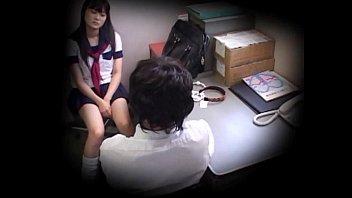 av xxx คลิปหลุดนักเรียน-นักศึกษา โดนอาจาร์ยหื่นหลอกเย็ด โป้ญี่ปุ่น18+ โดนซ่อนกล้องแอบถ่ายตอนเย็ดหีนร.กำลังซอยรัวๆคาโต๊ะเลยอย่างคมชัด