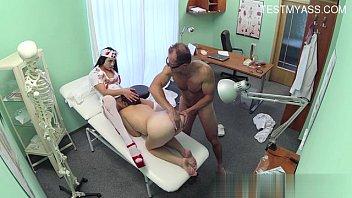 FakeHospitalโรงพยาบาลบ้ากามมาหาหมอที่นี้คือต้องโดนเย็ดทุกราย ทั้งหมอทั้งพยาบาลแม่งบ้าหีจับคนไข้เย็ดน้ำแตก