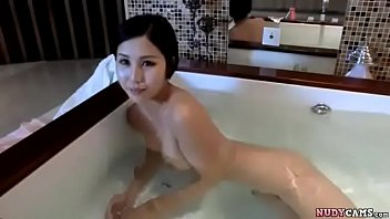 30ยังแจ๋ว Laos Teen เปิดตัวนางแบบนู้ดลาว ถ่ายxเสียวๆในอ่างอาบน้ำ สัดส่วนกำลังดีเพิ่มเติมคือการน่าเย็ด นมสวย หีโหนก เล่นสยิวหน้ากล้องซะน้ำเงี่ยนเกือบแตก