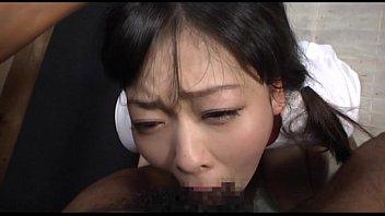 เด็กนักเรียนญี่ปุ่นxxx พึ่งเลิกเรียนโดนพ่อตัวเองจับโม๊คควยให้ตอนแม่ไม่อยู่เสียวควยมากมายเลย