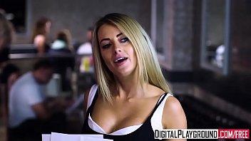 สาวบาร์ดังporn xxx โดนอ็อฟมาเย็ดหีหลังร้านเห็นเอวดีจะจัดซะหน่อยเอาให้มันคุ้มๆดูดควยมันๆ