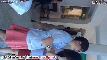 แอบถ่ายนศแพทย์ Thai xxx แอบดูใต้กระโปรง กางเกงในติดหีเป็นร่อง แต่ละคนเด็ดๆทั้งนั้น มารอดูหีที่นี่ทุกวันเลย