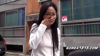 กะหรี่ตัวจริง Korean bitch อ่อยเหยื่อ แล้วค่อยขายหี นั่งรถก็ชอบเปิดหีโชว์ เอามาเย็ดด้วยก็ได้ เย็ดดี ไม่ต้องสอนเยอะ