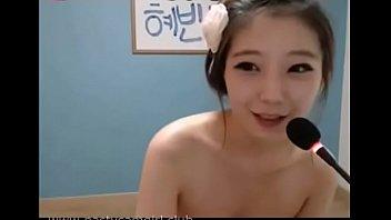 สาวใสสไตล์ Korean หมวยเกาหลีตาโตมาโชว์ Webcam live18+ เงี่ยนเย็ดขนาดนี้ใช้ควยพี่ก่อนไหม หีสวยๆจะเย็ดให้พังเลย