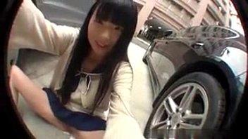 ไอดอลเอวีโชว์เสียว Asian Girl เงี่ยนจัดเลยมานั่งเบ็ดหีในลานจอดรถ แหย่นิ้วเข้าไปในหีได้ก็ครางเลย สงสัยจะเสียวที่มาช่วยตัวเองกลางแจ้ง