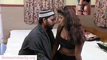 Sex Porn หนุ่มอิสลามคิดถึงแฟน บุกเข้ามาขอเย็ดถึงบ้าน ก่อนจะเป็นเจ้าสาวขอเปิดซิงประเดิมหีก่อน เบิร์นไซร้หีจนแตดแดง
