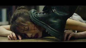 หนังRเกาหลีเรื่องสั้น เย็ดน้องสาวคู่อริจนหีแหก ยังสะใจไม่พอเอาควยตบปากจนเลือดซิบแล้ว น้ำว่าวควยยังคาในรูหีอยู่เลย