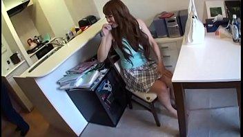 หนังAV18+ ชอบสาวนมใหญ่ต้องเอาสะหน่อย ดาราโป๊ญี่ปุ่นรับงานเย็ดบริการถึงบ้าน นมใหญ่โดนเครื่องสั่นจี้หัวนมจนแข็ง