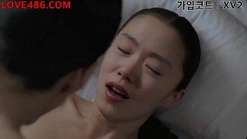 XXX หนังอีโรติก18+ คู่รักเกาหลีเย็ดเมียแรงแบบเจ็บหี เอวดีร่อนเย็ดท่านั่ง เสียวจนถึงมดลูก โดนควยเกาหลีนอนแหกหีให้เย็ดง่ายๆเลย