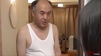 ดูโป๊ญี่ปุ่นAVฟรี คนแก่อยากเย็ดสาวข้างห้อง ชอบแก้ผ้ายั่วควยจับเย็ดสะเลย xxx ควยญี่ปุ่นรุ่นใหญ่เย็ดจนสาวหมดแรง