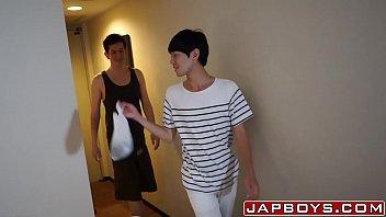 เรทอาร์เกย์ JapBoys าเพื่อนขึ้นห้องมาเย็ด อ่อยดูดควยจนแข็ง จับให้ซอยตูดท่าหมาเด้าๆๆ
