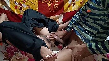 ถ่ายสด หนังโป้แขก xxx18+ เย็ดสาวอินเดีย หีไม่ใหญ่แต่ฟิตโคตร เสียบควยแล้วฟิน ซอยสะหีแทบพัง