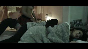 หนังxxxชีวิตจริงสาวเกาหลี เพื่อนเย็ดกับพี่ชาย 18+ ขึ้นคร่อมขย่มเย็ดควยเสียงดัง ทำเอาคนนอนข้างหีเปียก อยากโดนเย็ดหีบ้าง